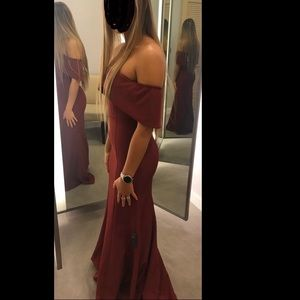 Bloomingdales exclusive Jarlo burgundy dress